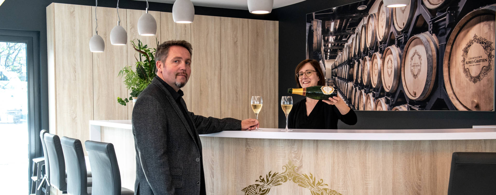 The 'Hand-Made' champagne Tour and Tasting
